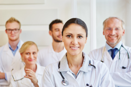 Wie Gesundheitsbranche gegen den Fachärzte-Mangel ankämpft
