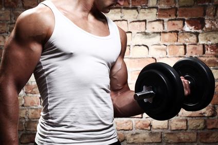 Muskelaufbau: Sollten Anfänger Nahrungsergänzung nutzen?