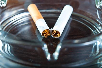 Warum mit dem Rauchen aufhören häufig zur Gewichtszunahme führt
