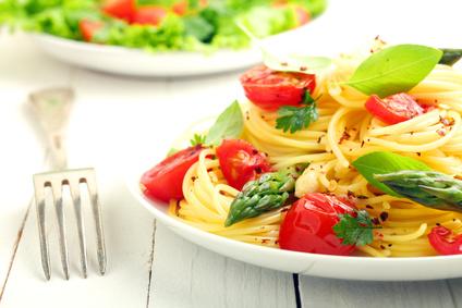 Diät: Kohlenhydrate oder Kalorien zählen?