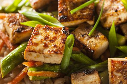 Tofu-Wurst und Kichererbsen-Frikadellen: Fleisch von Vegetarier