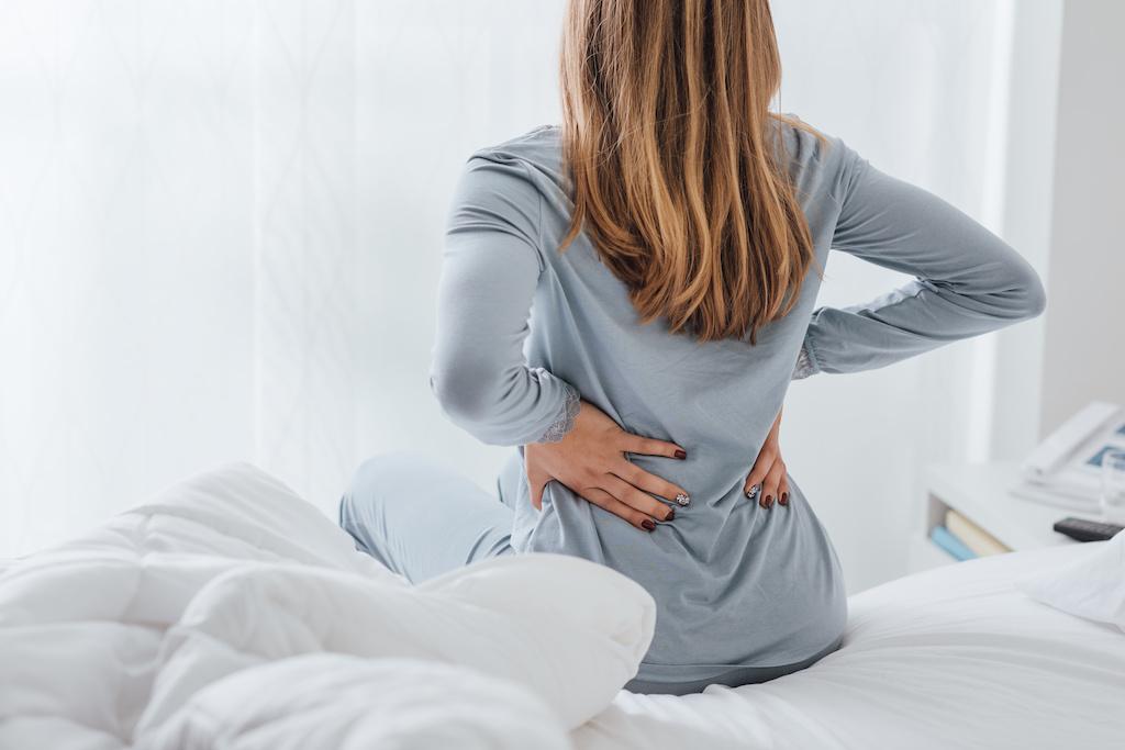 Morgendliche Rückenschmerzen - Was tun? - GesundheitsWeblog.de